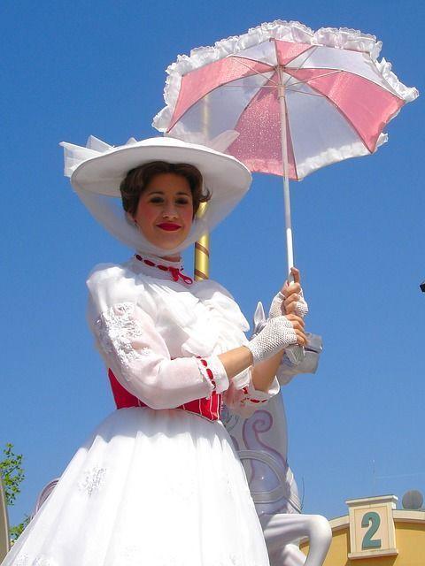Qué-ropa-llevar-a-Disneyland-París-en-marzo-abril.jpg