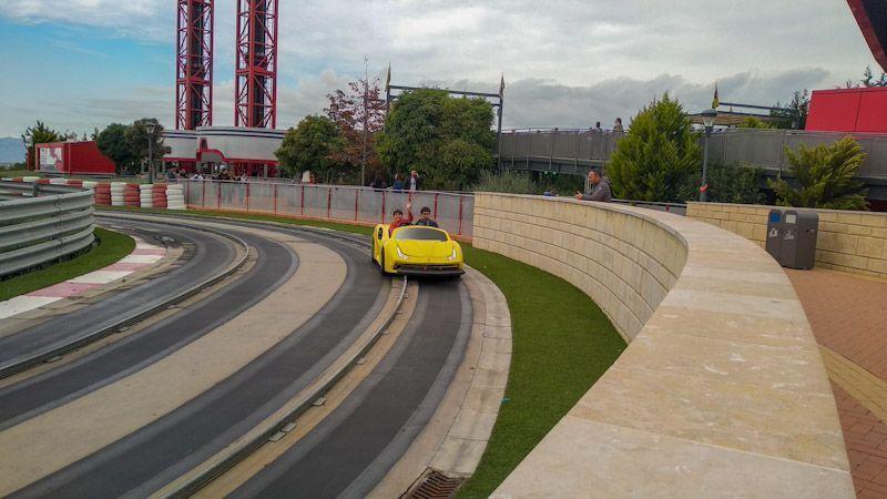 Guía-práctica-para-tú-visita-a-Ferrari-Land.jpg